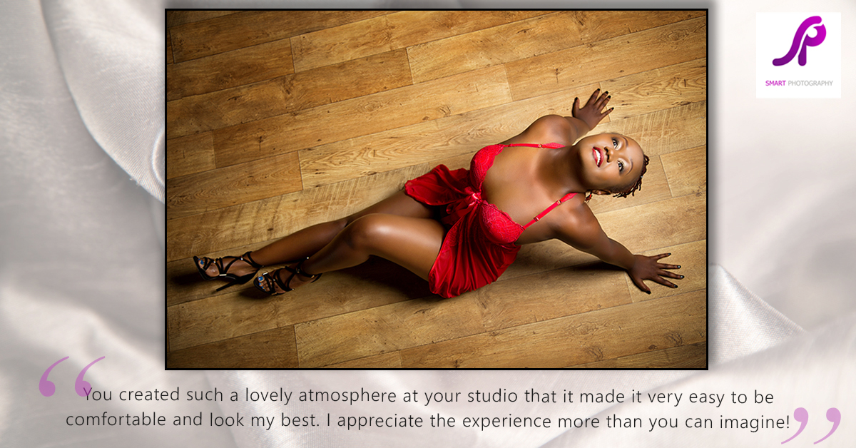 boudoir client testimonial on wooden floor